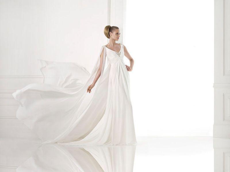 Pronovias előfoglalás - La Mariée esküvői ruhaszalon: Maxima menyasszonyi ruha