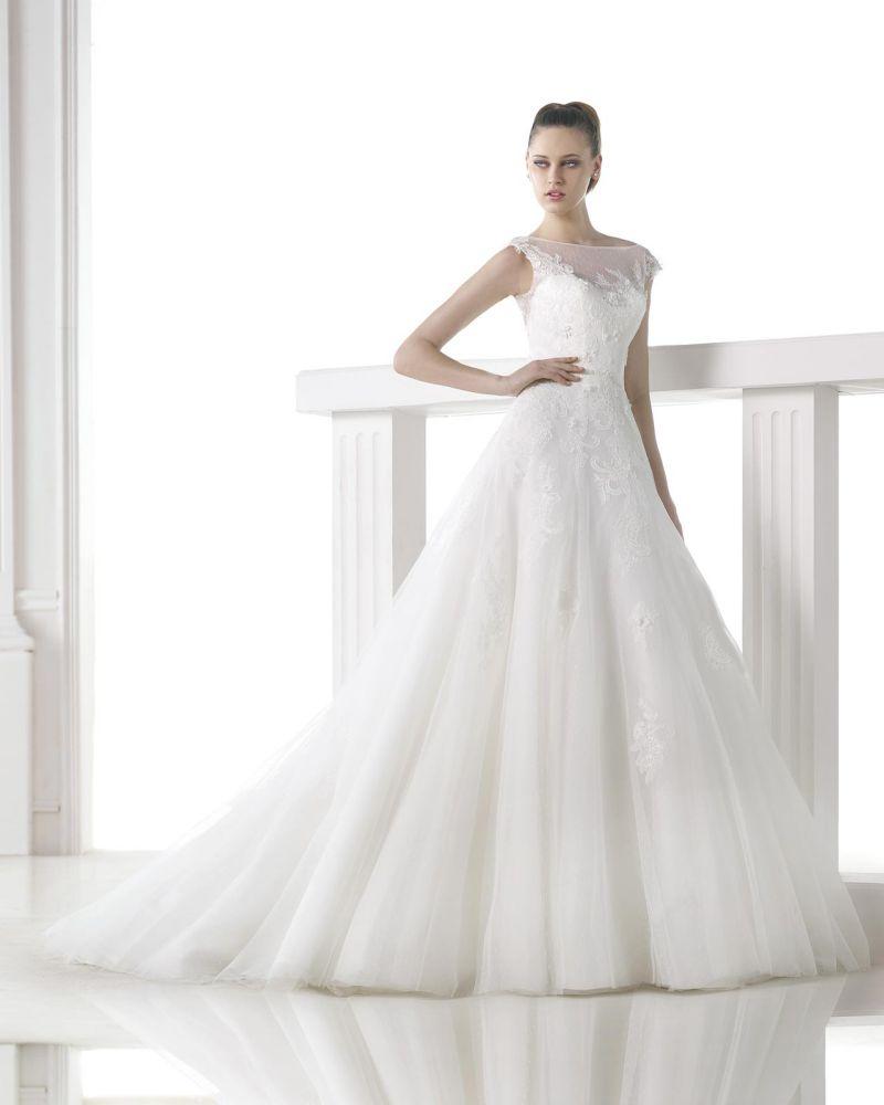 Pronovias előfoglalás - La Mariée esküvői ruhaszalon: Mel eskövői ruha