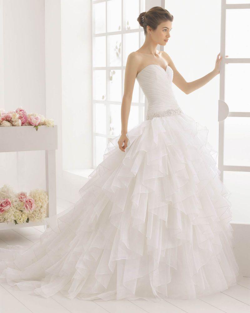 Rosa Clará Aire előfoglalási kedvezmények - La Mariée esküvői ruhaszalon Budapest: Melibea menyasszonyi ruha