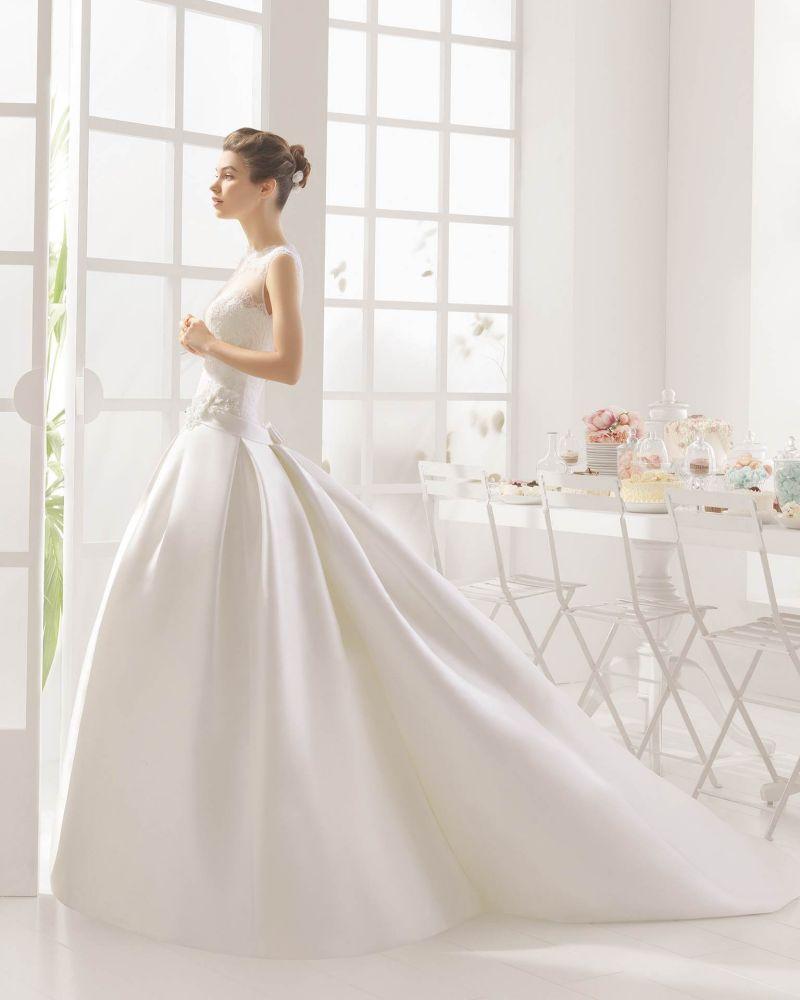 Rosa Clará Aire előfoglalási kedvezmények - La Mariée esküvői ruhaszalon Budapest: Mila eskövői ruha