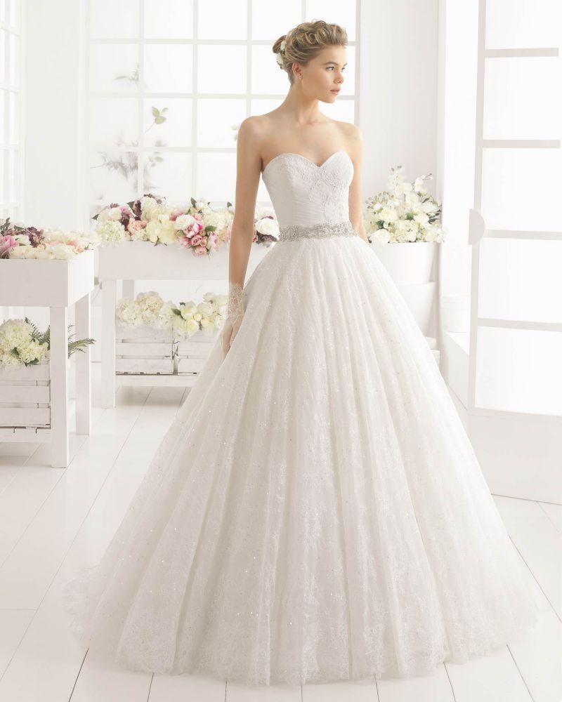 Rosa Clará Aire előfoglalási kedvezmények - La Mariée esküvői ruhaszalon Budapest: Montana menyasszonyi ruha