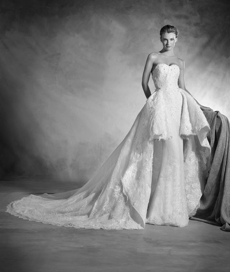 Pronovias Atelier mennyasszonyi ruha kollekció: Nancy menyasszonyi ruha