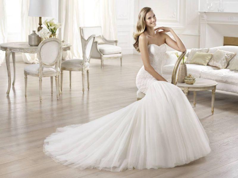 Pronovias előfoglalás - La Mariée esküvői ruhaszalon: Onega menyasszonyi ruha