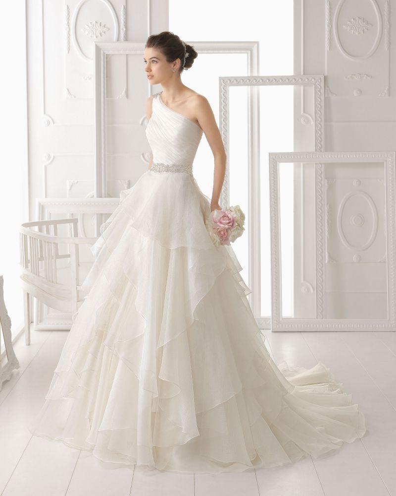 Rosa Clará Aire előfoglalási kedvezmények - La Mariée esküvői ruhaszalon Budapest: Optimo menyasszonyi ruha