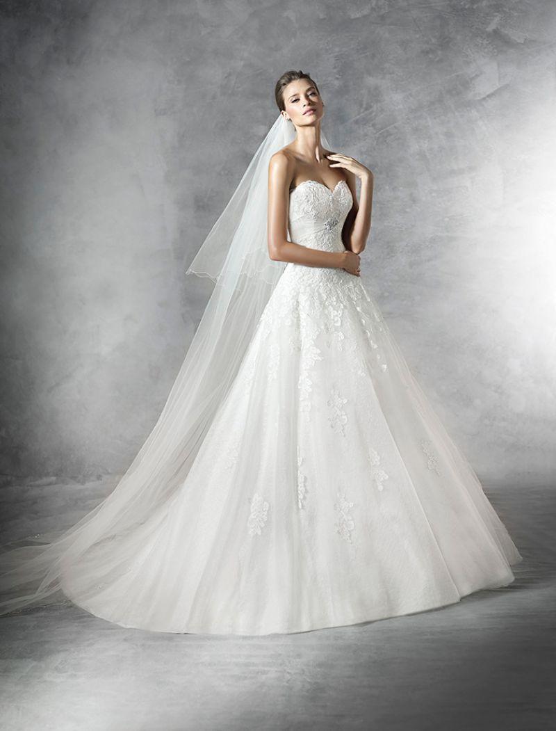Pronovias előfoglalás - La Mariée esküvői ruhaszalon: Placet menyasszonyi ruha