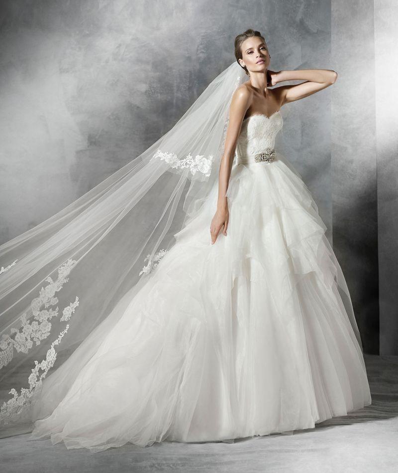 Pronovias előfoglalás - La Mariée esküvői ruhaszalon: Platia menyasszonyi ruha