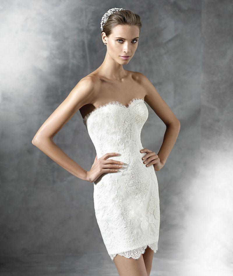Pronovias előfoglalás - La Mariée esküvői ruhaszalon: Platia eskövői ruha