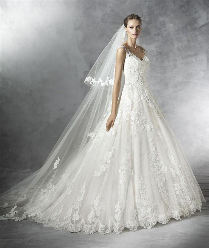 Pronovias 2018 menyasszonyi ruha kollekció: Primadona menyasszonyi ruha