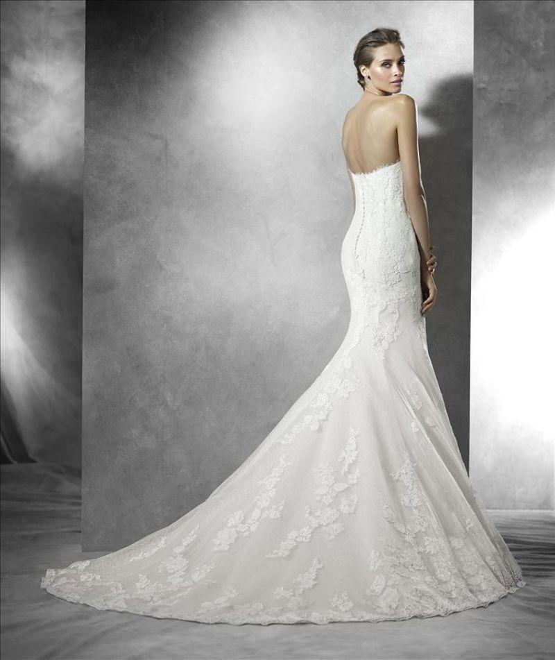 Pronovias előfoglalás - La Mariée esküvői ruhaszalon: Primael eskövői ruha