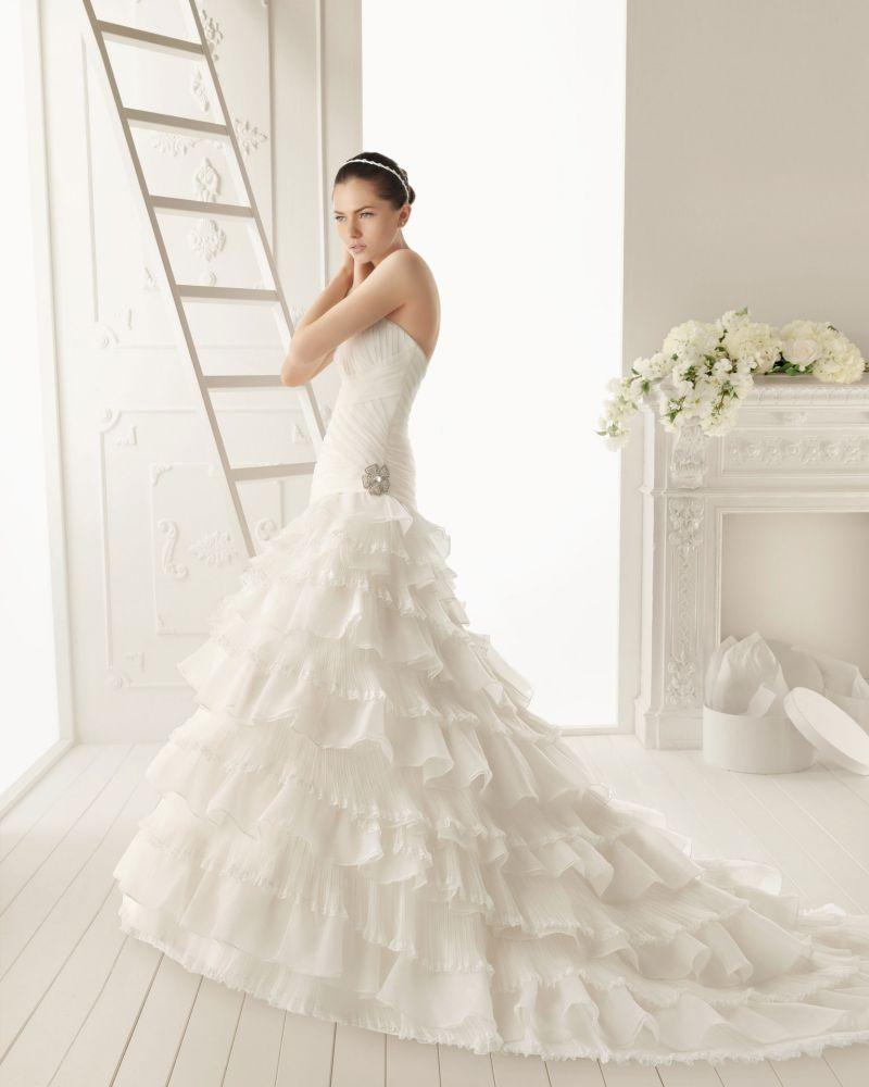 Rosa Clará Aire előfoglalási kedvezmények - La Mariée esküvői ruhaszalon Budapest: Ronda menyasszonyi ruha