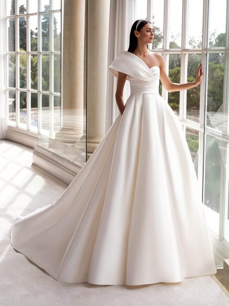 Esküvői ruha bérlés, vásárlás – Pronovias 2021-es kollekció: Sedna menyasszonyi ruha
