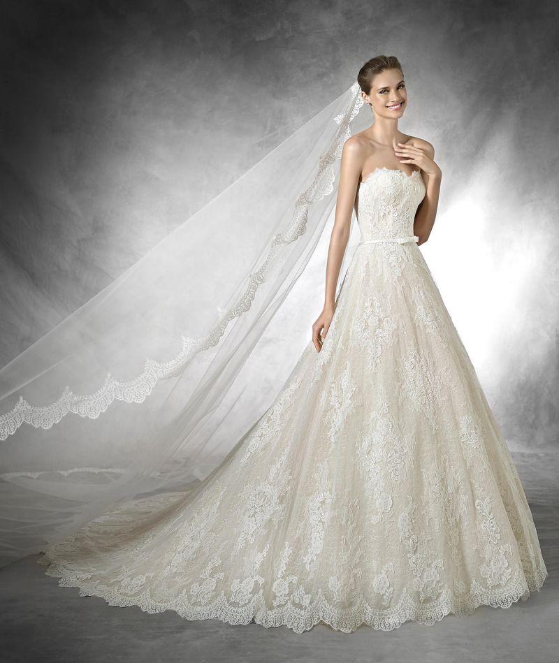 Pronovias előfoglalás - La Mariée esküvői ruhaszalon: Taffi menyasszonyi ruha