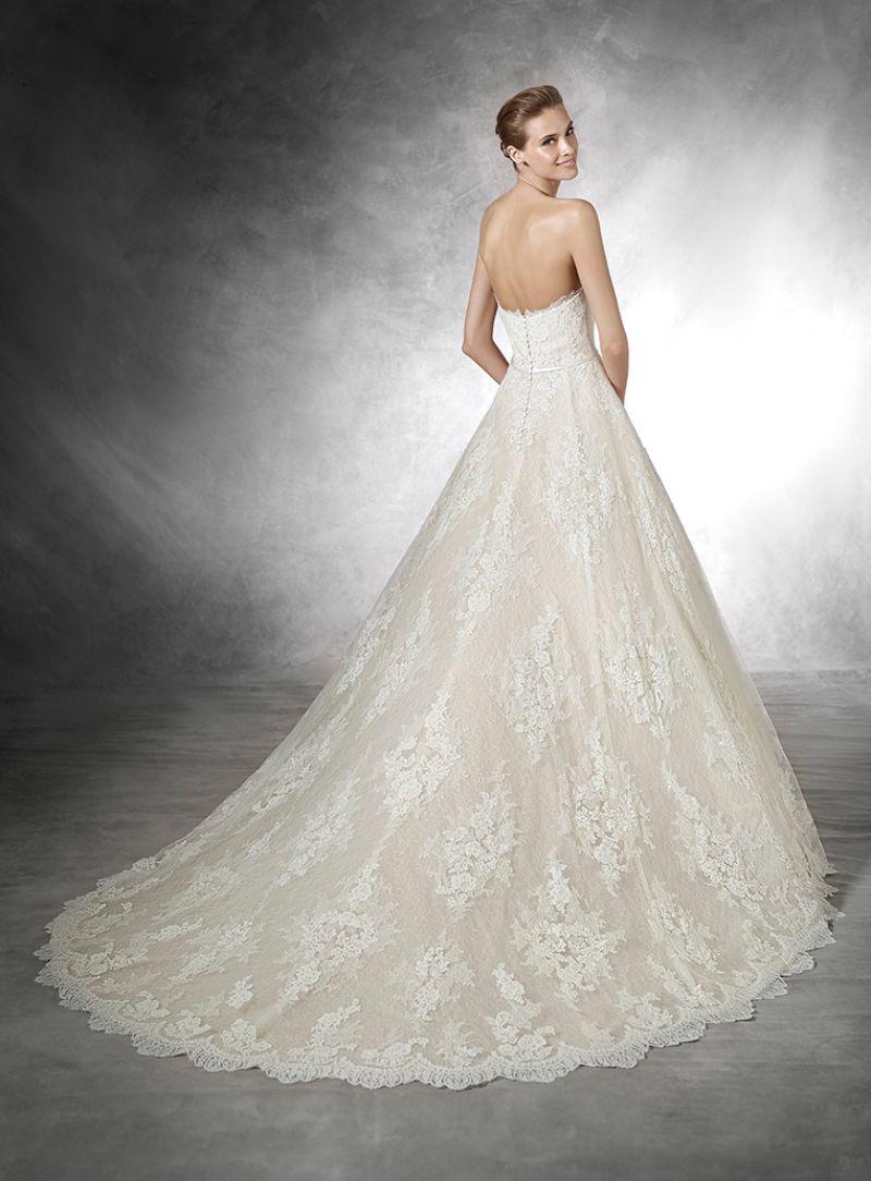 Pronovias előfoglalás - La Mariée esküvői ruhaszalon: Taffi eskövői ruha