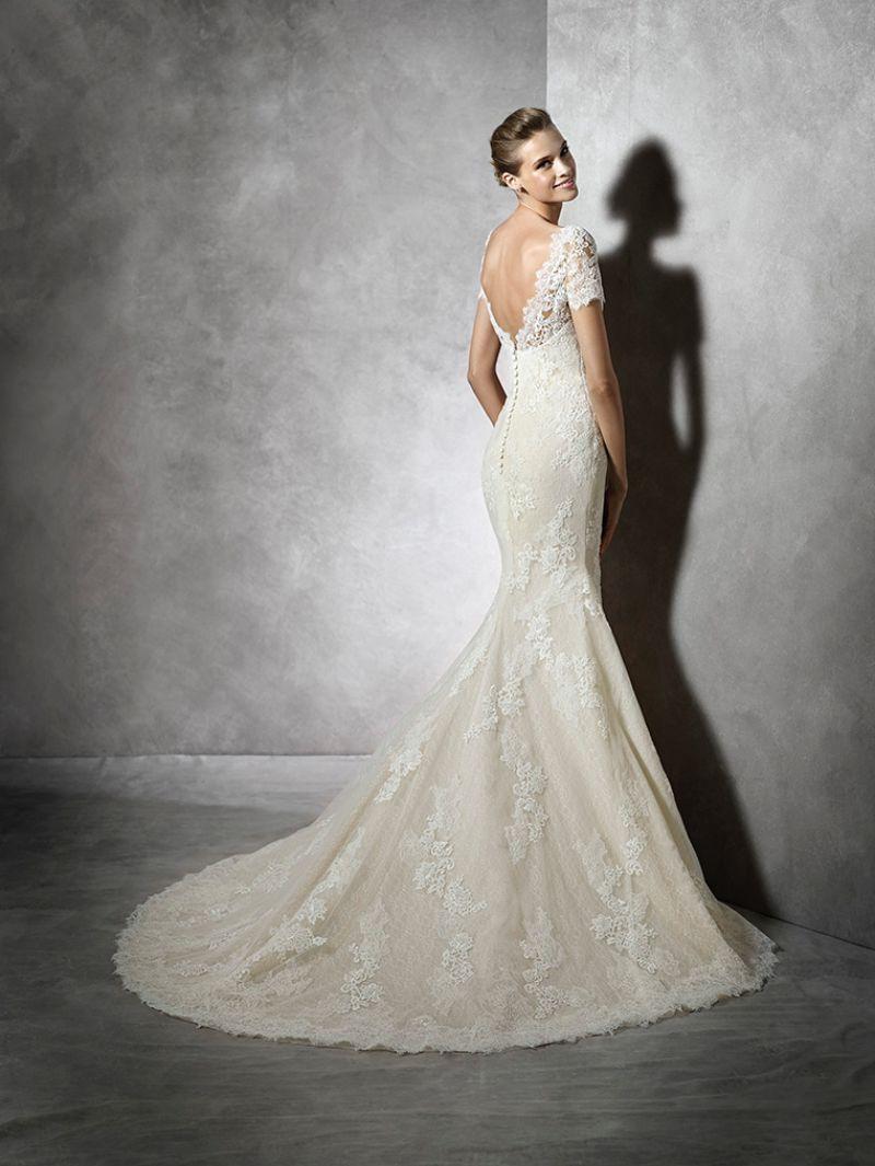 Pronovias előfoglalás - La Mariée esküvői ruhaszalon: Tair eskövői ruha