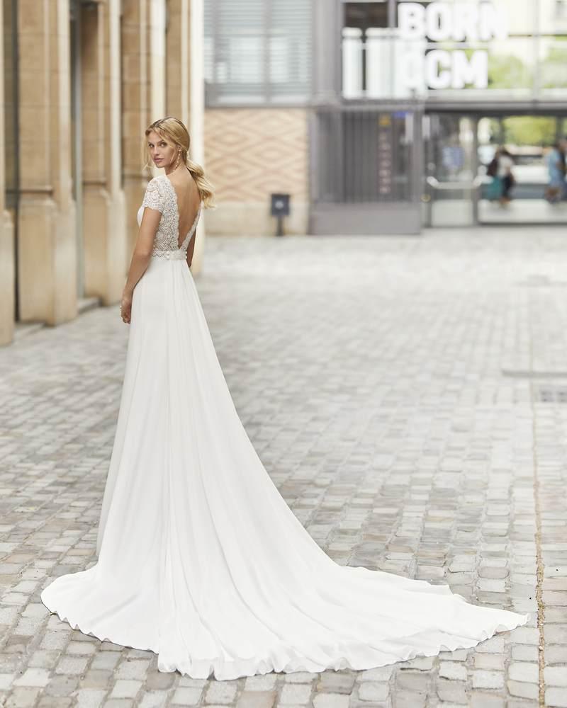 Rosa Clará 2021-es menyasszonyi ruha kollekció vásárlás, bérlés: Talina eskövői ruha