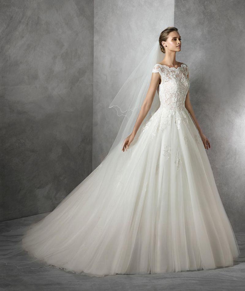 Pronovias előfoglalás - La Mariée esküvői ruhaszalon: Tamira menyasszonyi ruha