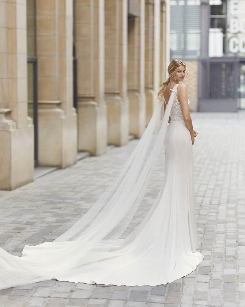 Rosa Clará 2021-es menyasszonyi ruha kollekció vásárlás, bérlés: Tamiz eskövői ruha