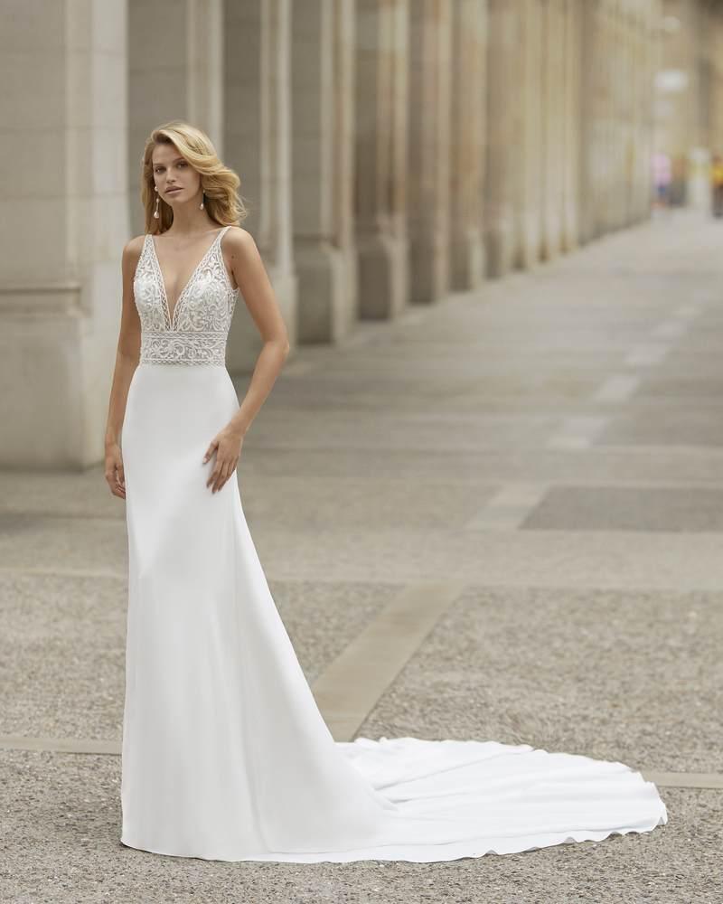 Rosa Clará 2021-es menyasszonyi ruha kollekció vásárlás, bérlés: Tania menyasszonyi ruha