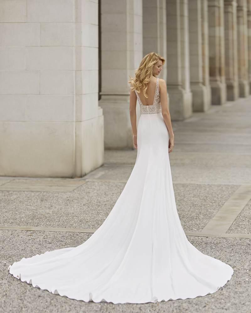 Rosa Clará 2021-es menyasszonyi ruha kollekció vásárlás, bérlés: Tania eskövői ruha