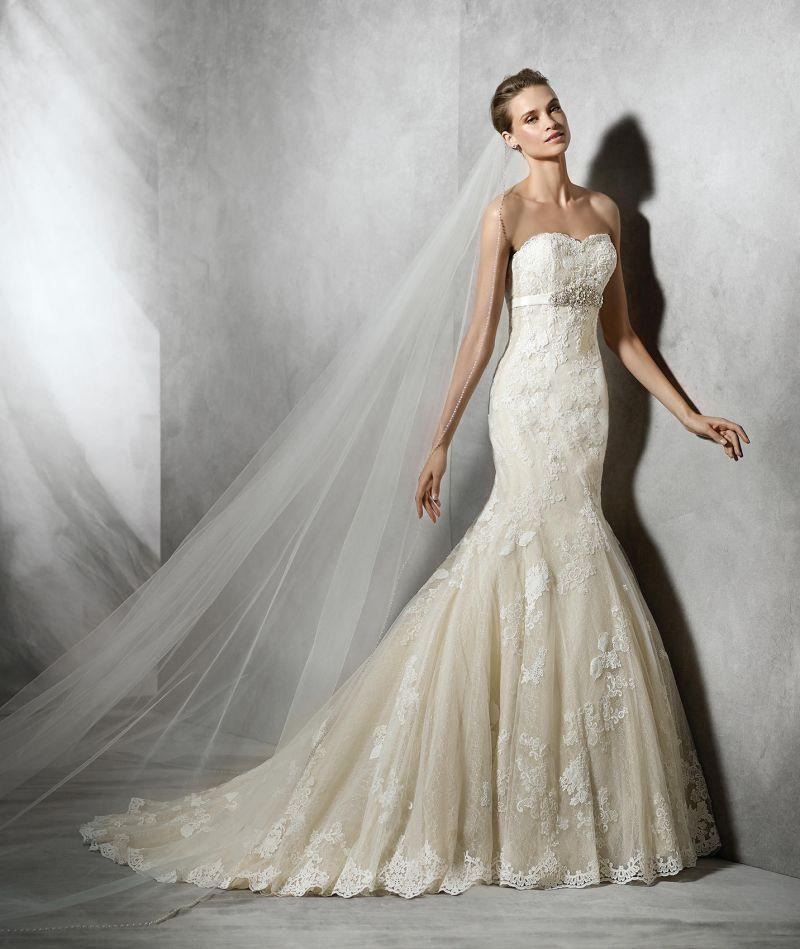 Pronovias előfoglalás - La Mariée esküvői ruhaszalon: Tessy menyasszonyi ruha