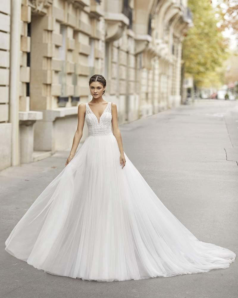 Rosa Clará 2021-es menyasszonyi ruha kollekció vásárlás, bérlés: Tier menyasszonyi ruha