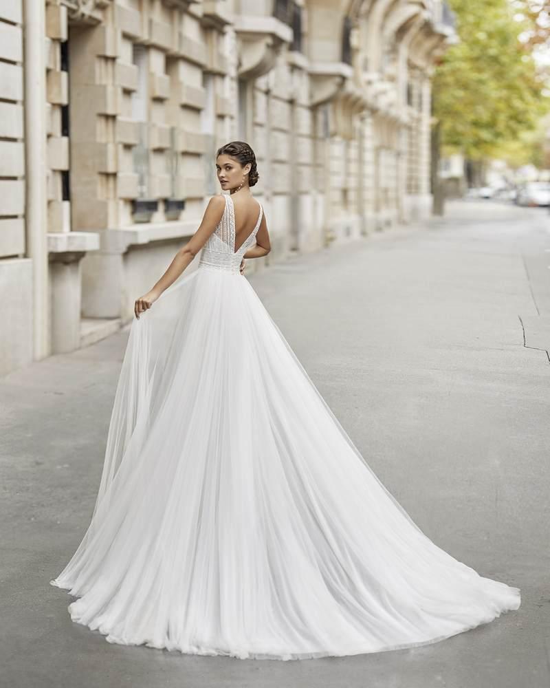 Rosa Clará 2021-es menyasszonyi ruha kollekció vásárlás, bérlés: Tier eskövői ruha