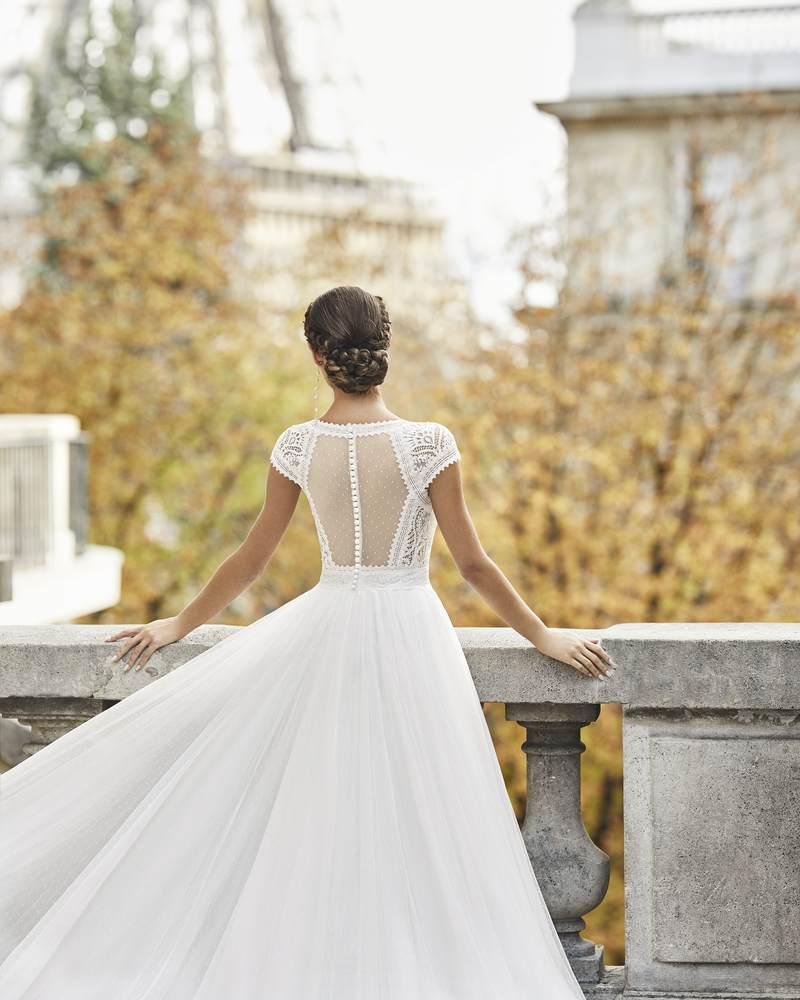 Rosa Clará 2021-es menyasszonyi ruha kollekció vásárlás, bérlés: Timbal eskövői ruha