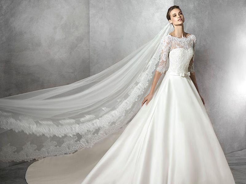 Pronovias 2018 menyasszonyi ruha kollekció: Toricela eskövői ruha
