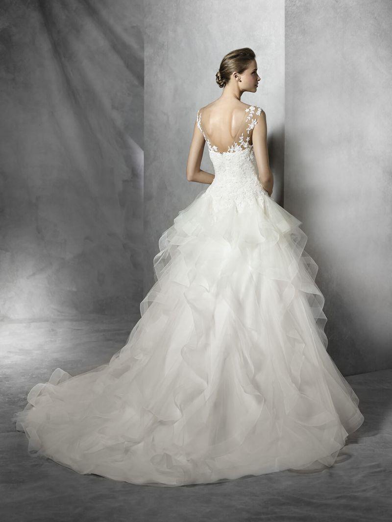 Pronovias előfoglalás - La Mariée esküvői ruhaszalon: Trinity eskövői ruha
