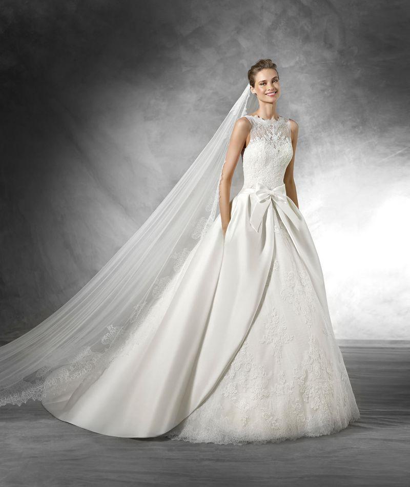 Pronovias előfoglalás - La Mariée esküvői ruhaszalon: Trudy menyasszonyi ruha