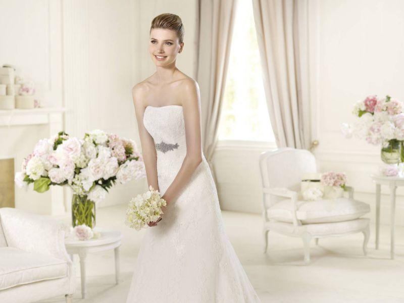 Pronovias előfoglalás - La Mariée esküvői ruhaszalon: Udine menyasszonyi ruha
