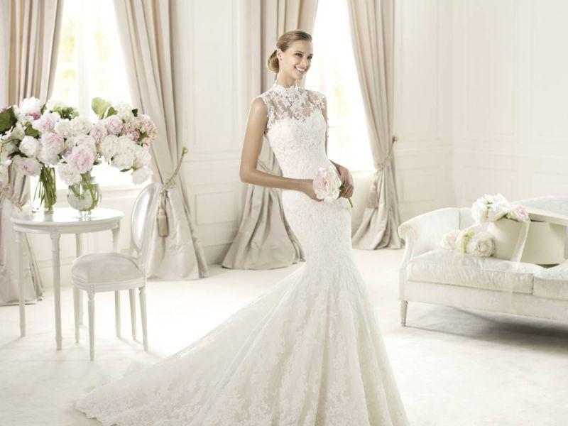 Pronovias előfoglalás - La Mariée esküvői ruhaszalon: Ugalde menyasszonyi ruha