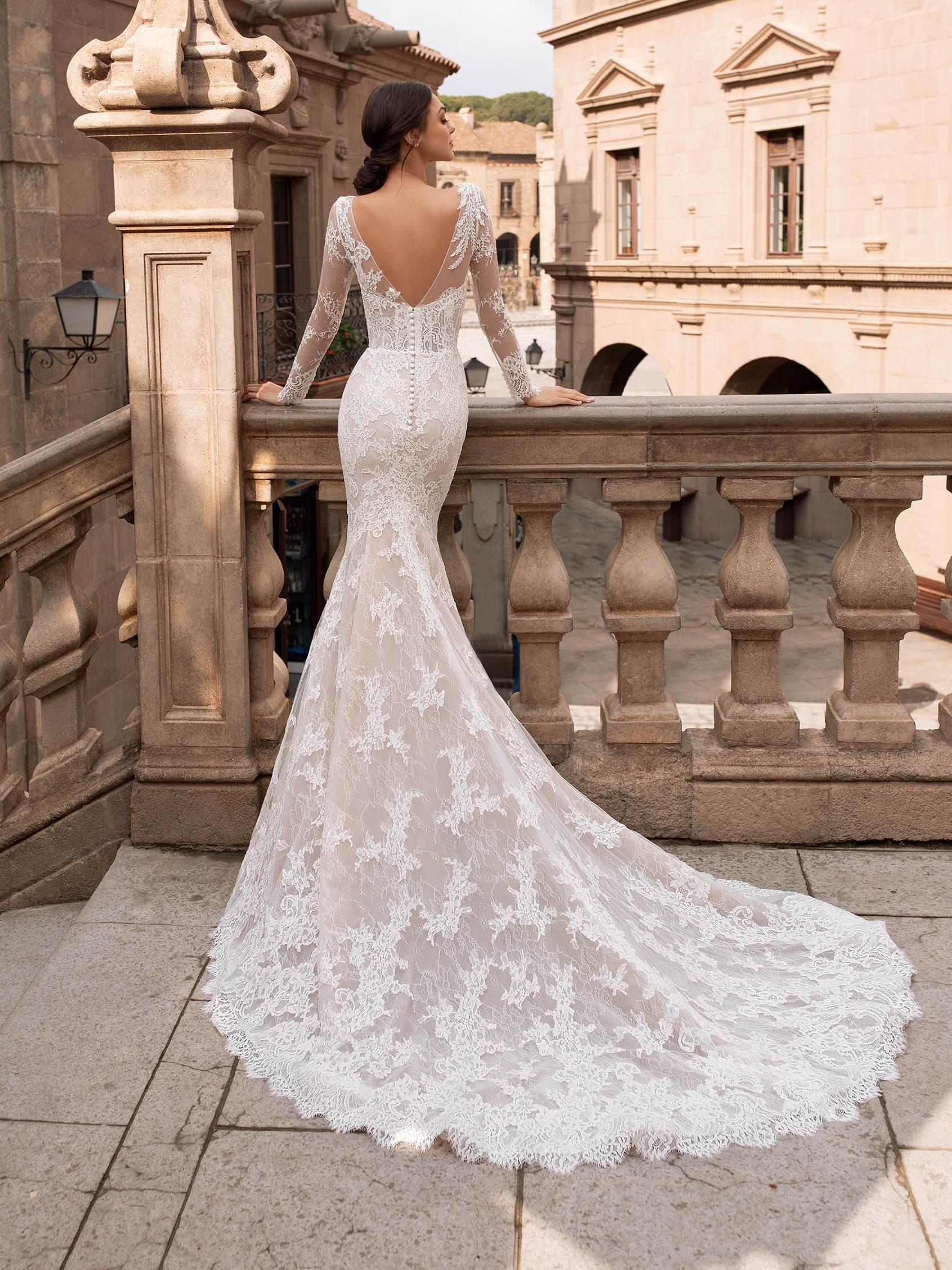 Thyone esküvői ruha - Pronovias 2021