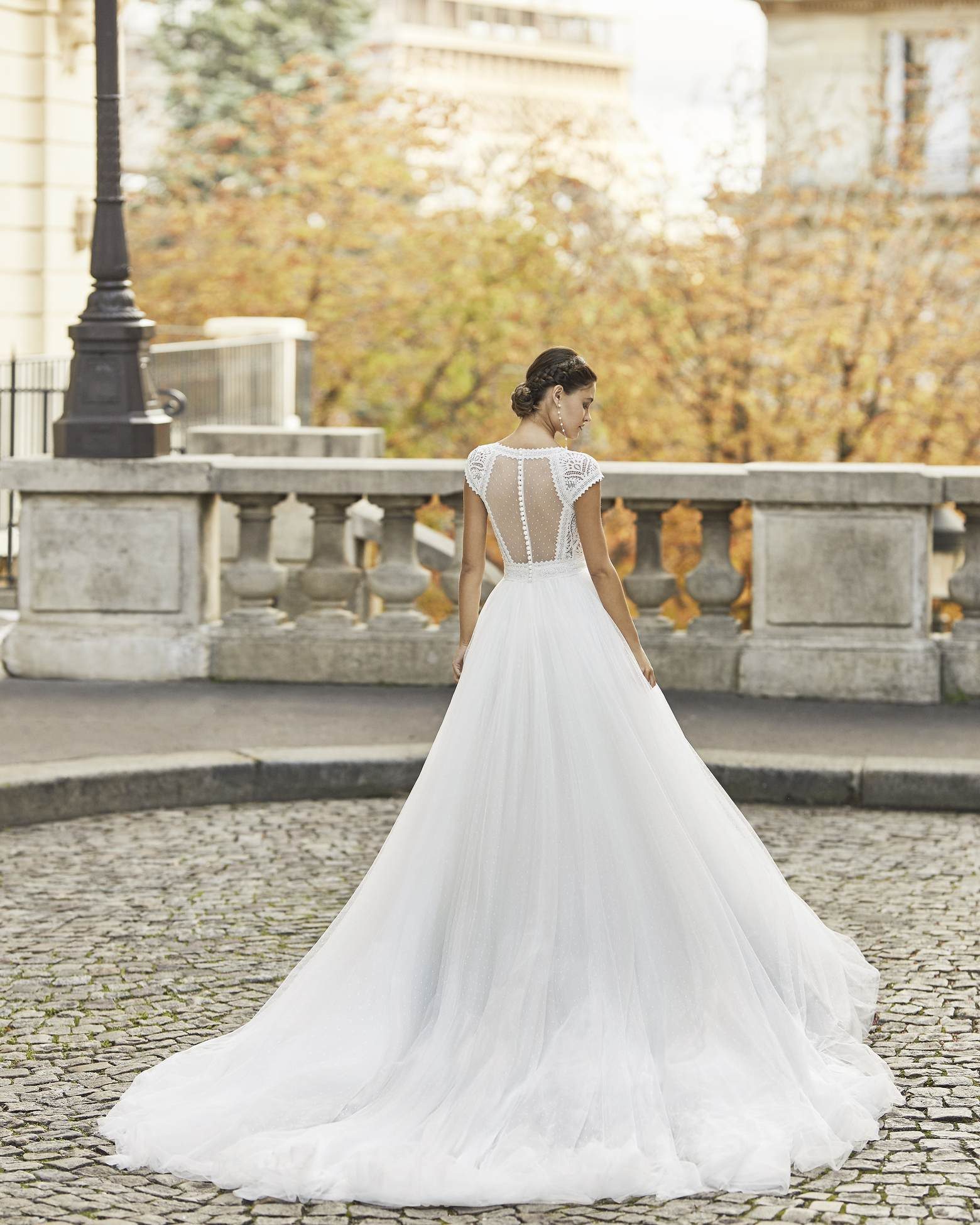 Rosa Clará 2021 menyasszonyi ruha: Timbal